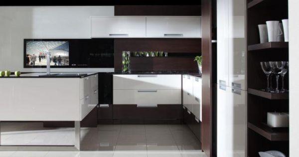 Nowoczesne kuchnie – meble kuchenne z telewizorem