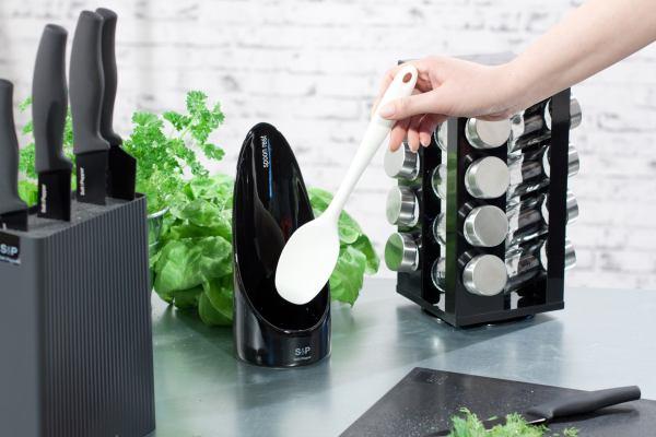 Akcesoria kuchenne: barwne i stylowe dodatki